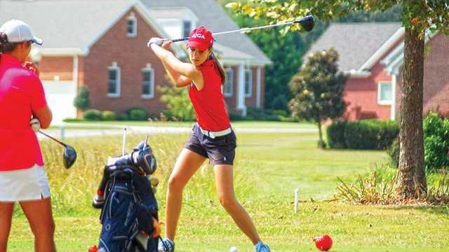 golf-Hannah-Powell-2