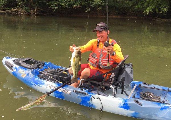 eric jackson_kayak bass fishing_horiz_cookeville tn.jpg