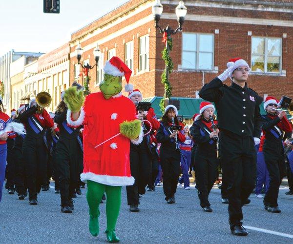grinch parade